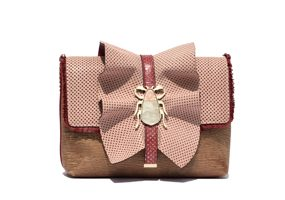 Beetle antique pink ruffle